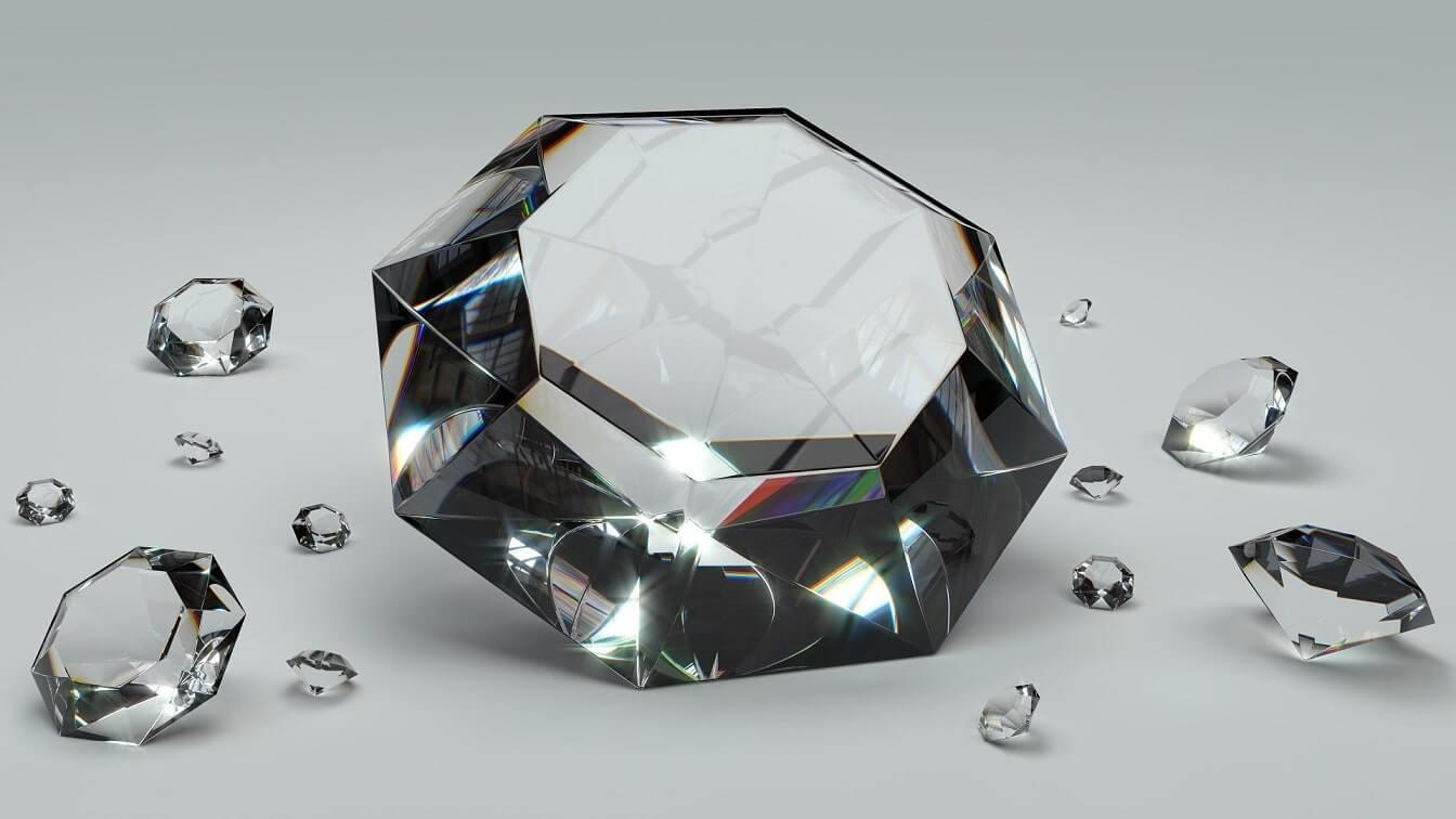 diamenty rożnej wielkości